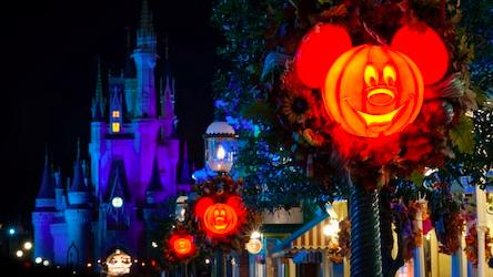 momherewego-halloween-disney